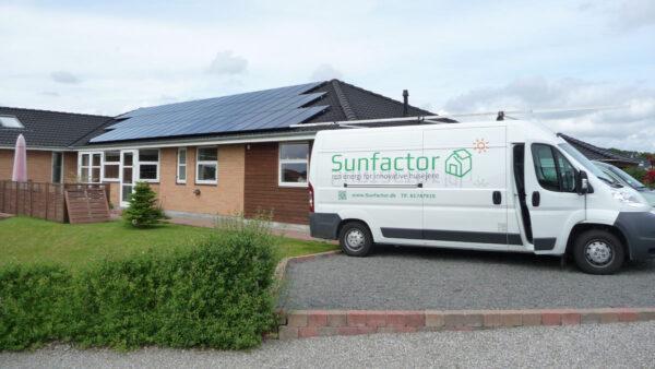 Sunfactor solcelleanlæg
